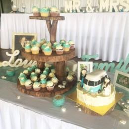 wedding cupcake tower gold coast